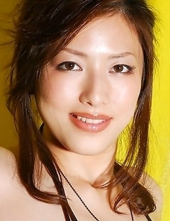 Push the button and see hot pictures of awesome Meisa Hanai