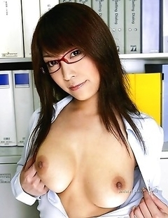Cocomi Sakura's fantastic breasts will show you happiness